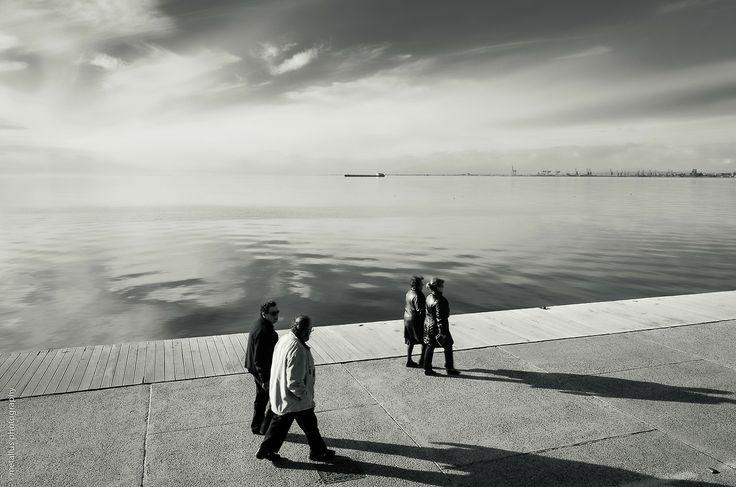 Couples… Boardwalk of Thessaloniki, Greece 2014