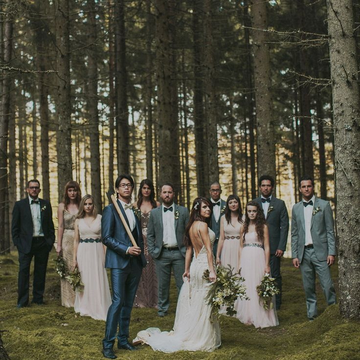 most epic bridal party wedding photo