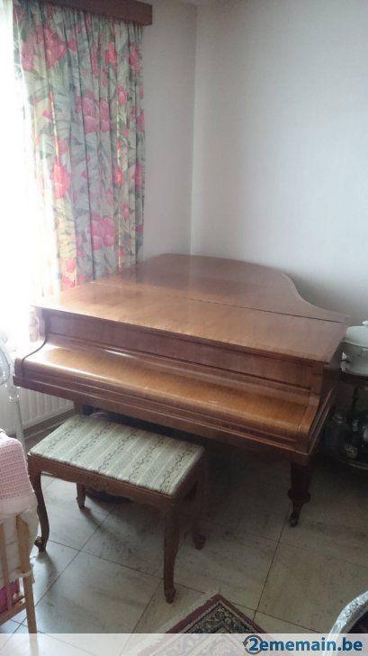 Piano familiale Pleyel 1/4 queue - A vendre