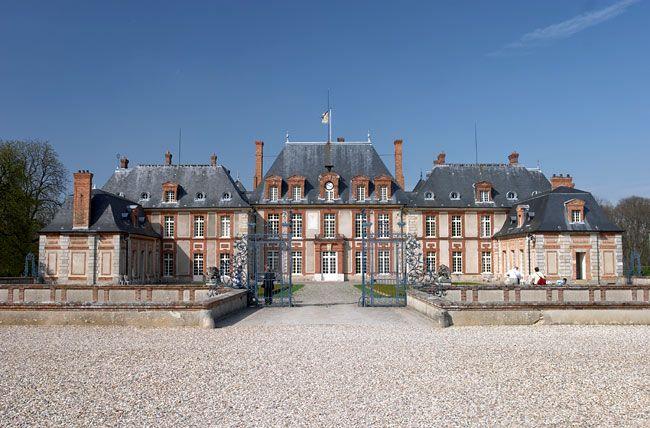 Castle of Breteuil main building photo | Vallée de Chevreuse
