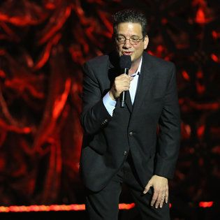Andy Kindler Gives the Funny Business Its Annual Review - The New York Times