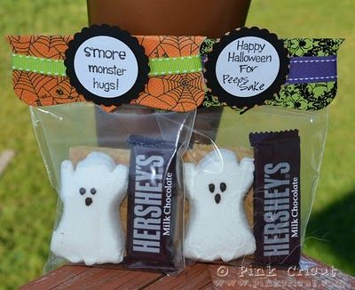 Halloween Gift Idea for students: Graham Cracker, Ghost Peeps and Hershey's bar