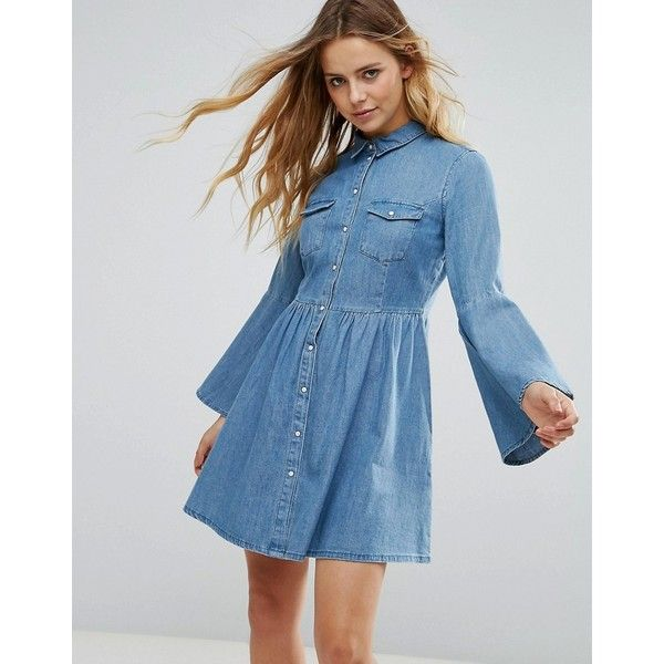 Only Denim Bell Sleeve Dress (170 BRL) ❤ liked on Polyvore featuring dresses, blue, tall dresses, bell sleeve dress, urban dresses, blue print dress and jersey print dress