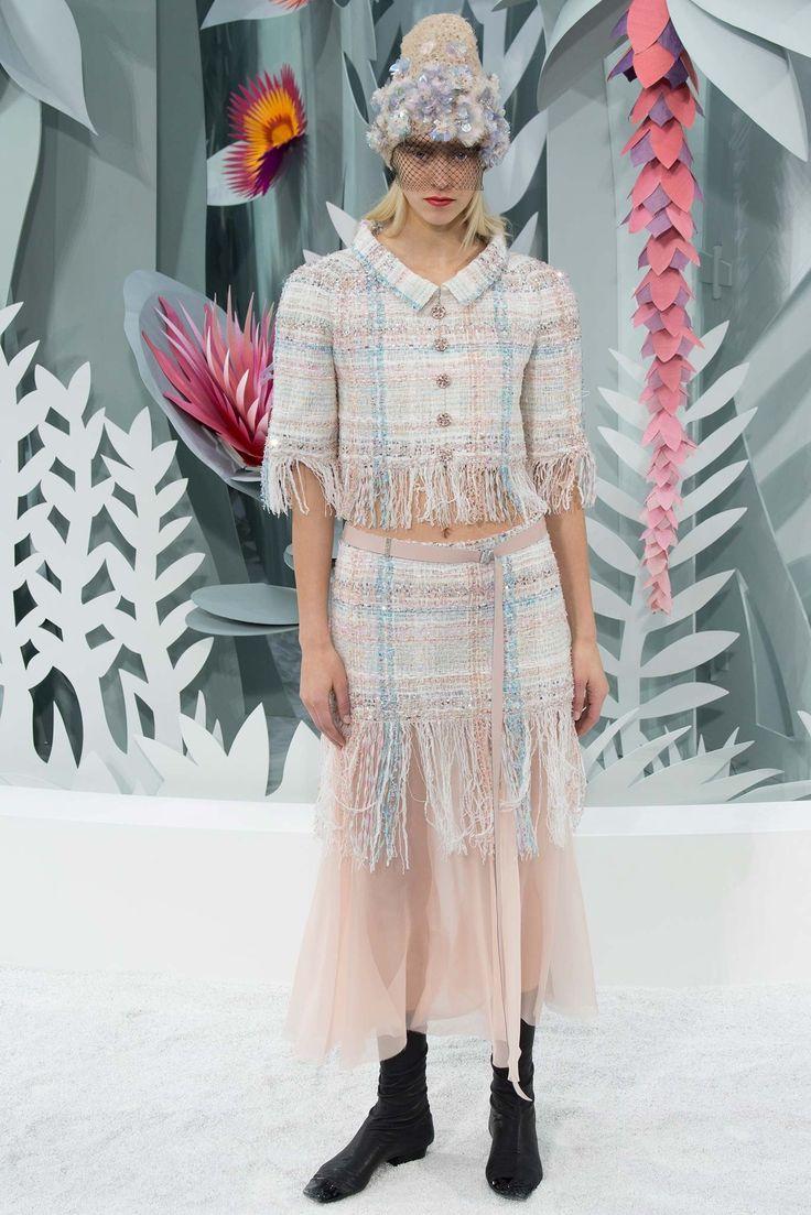 Chanel Spring 2015 Couture Fashion Show - Eva Berzina (Women)