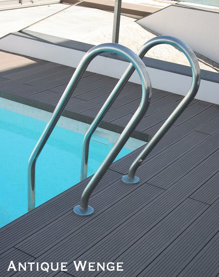 Disegna Decking features flexible skirting boards, that give poolside areas a clean sharp edge.