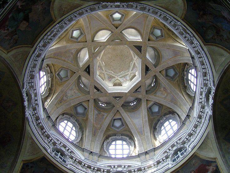 Cupola della chiesa di San Lorenzo a Torino