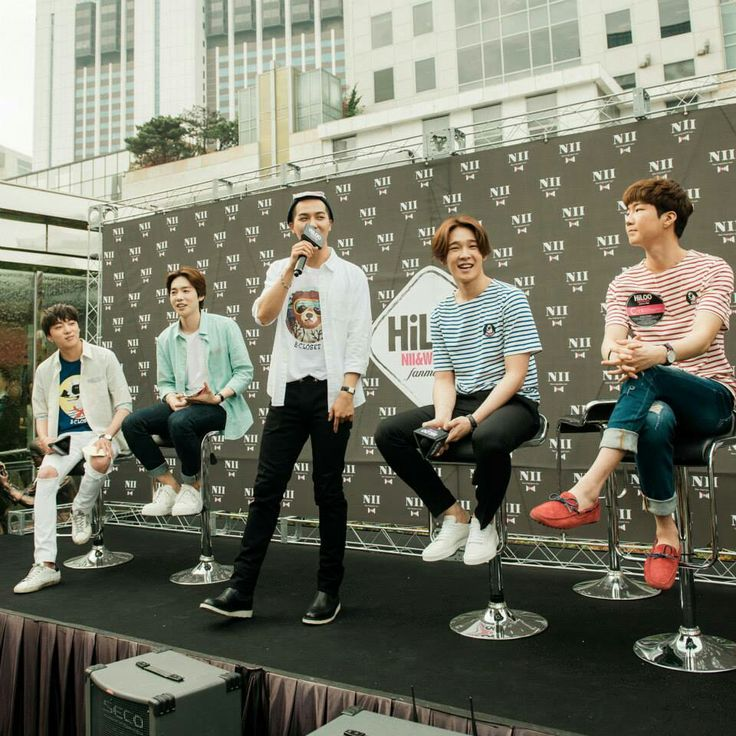 Seung Yoon, Jin Woo, Mino, Taehyun and Seung Hoon. ❤