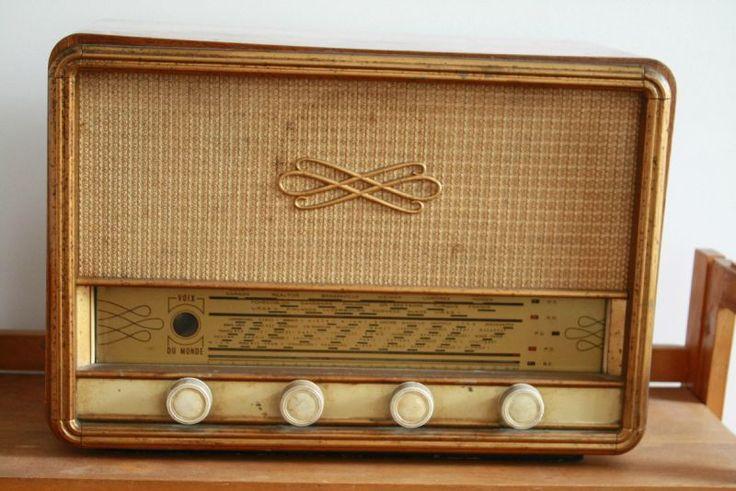 A VENDRE Transistor Radio années 40 - Fonctionne! / 55€ - Brocknroll Store