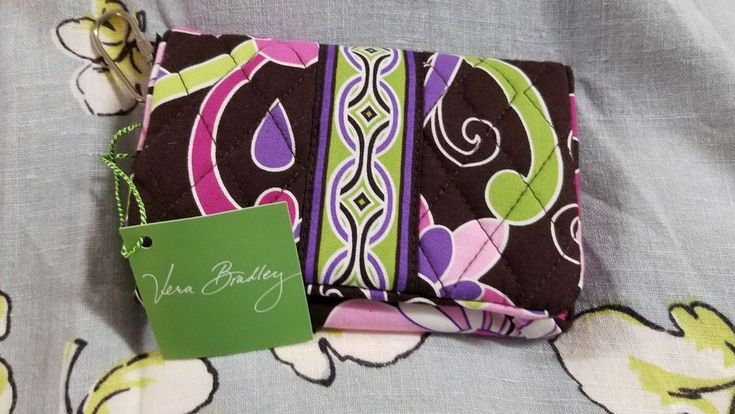 02-26-18 JUST LISTED ON HOMELESS TO INDEPENDENCE INC.'S EBAY CHARITY STORE! THANK YOU SO MUCH FOR SUPPORTING HOMELESS TO INDEPENDENCE INC.! Vera Bradley Taxi Wallet Purple Punch NWT #VeraBradley #TaxiWallet