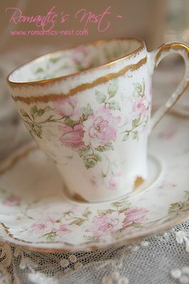 .chocolate Limoges  cup with roses