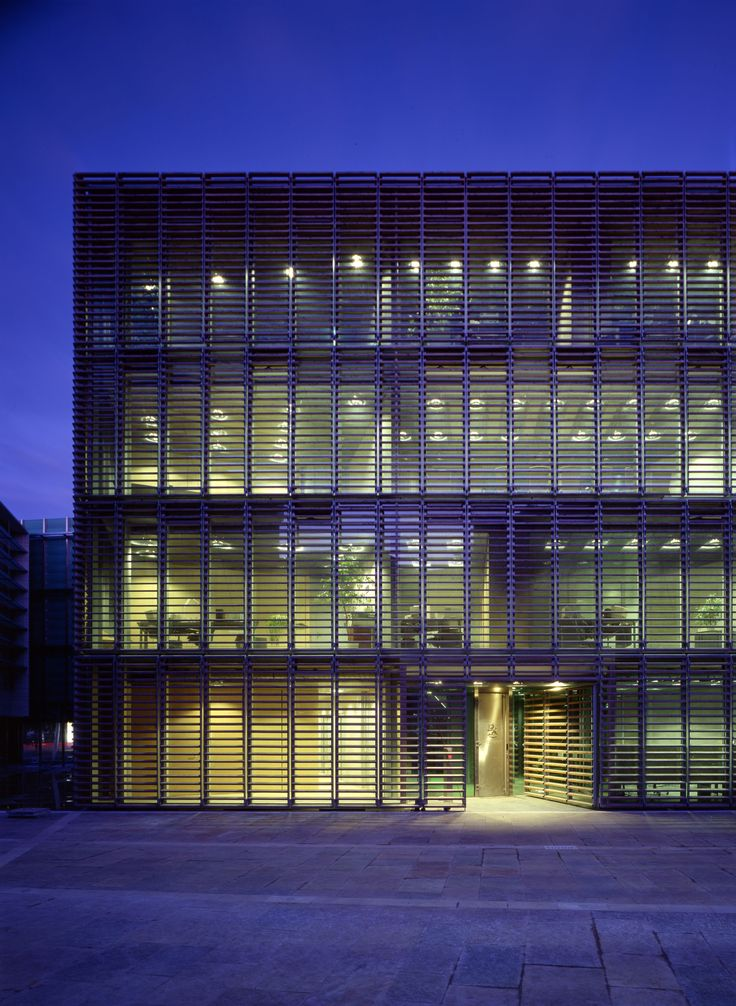 VIIVA arkkitehtuuri / SIGGE ARCHITECTS - Finnish Embassy in Berlin, Germany - WINNER World Architecture Awards 2001
