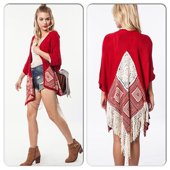 Red Crochet Fringe Dream Catcher Kimono Cardigan par TinShowroom