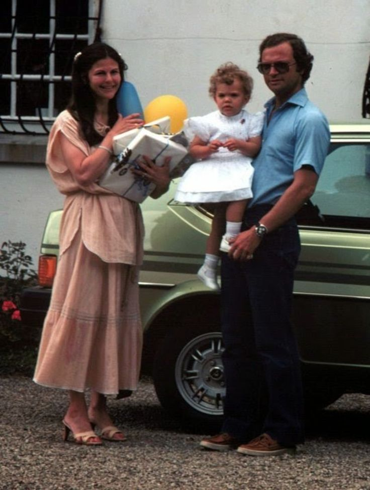King Carl Gustaf ,Queen Silvia and Princess Victoria