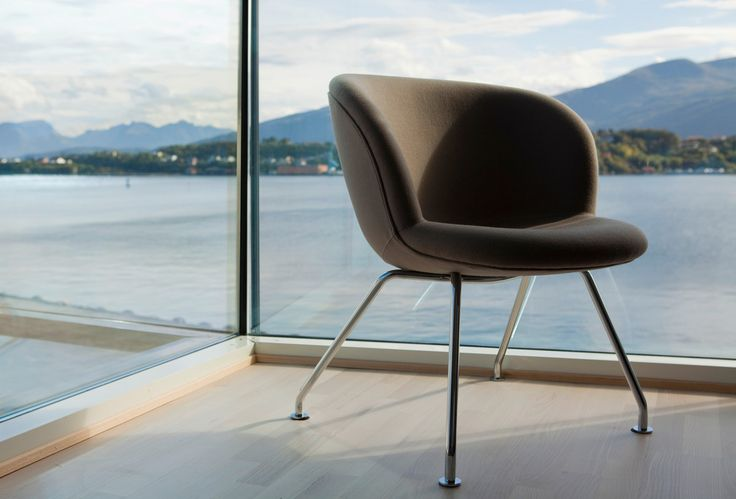 Chair with a view - Quality Hotel™ Waterfront
