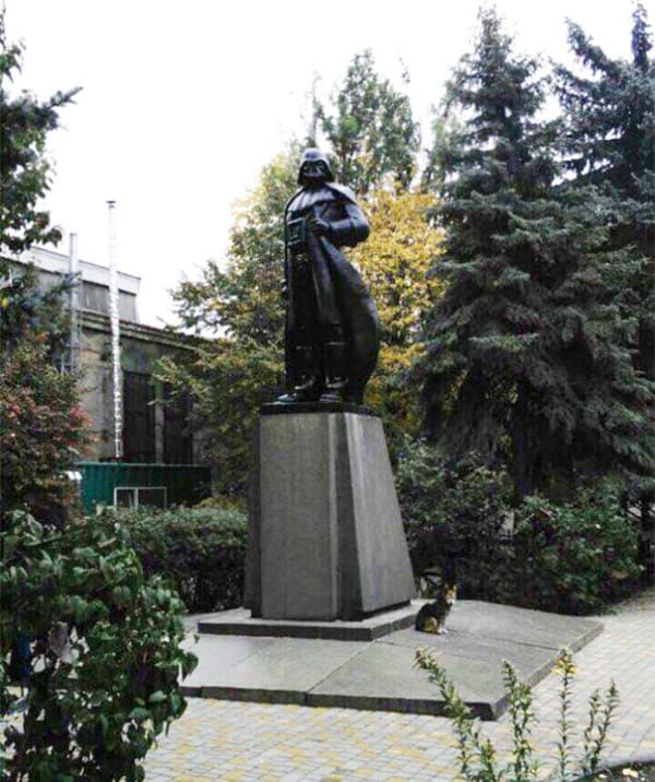 And this isn't just a funny statue: it's also a Wi-Fi hotspot, with a router built into Vader's helmet. The original statue of Lenin remains intact inside its new, sturdier exterior.