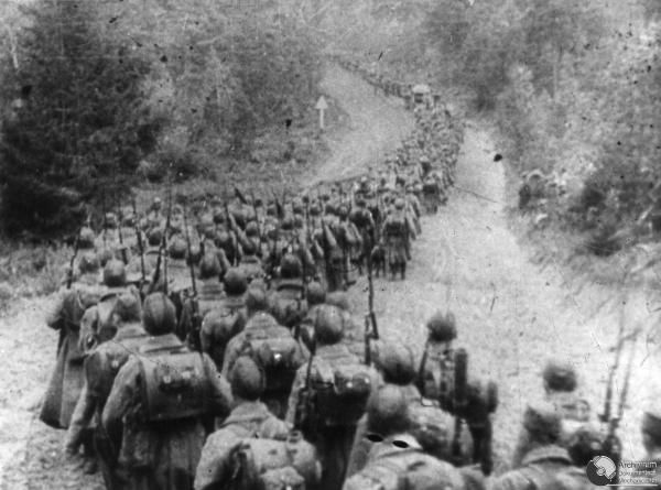SOWIECKA PIECHOTA WKRACZA DO POLSKI. 09 1939. ADM