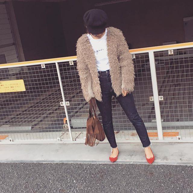 赤靴&紺色ジーンズ アウターはボリュウムプラス 本当に神業