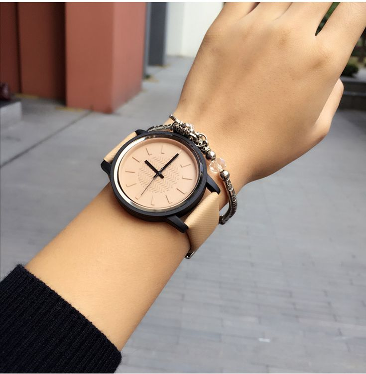 Simple Style Leather Watch R132