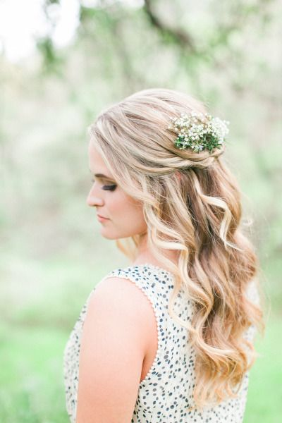 Hair perfection: http://www.stylemepretty.com/little-black-book-blog/2015/04/01/romantic-country-getaway-wedding-inspiration/ | Photography: Wai Reyes - http://waireyes.com/