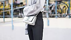 Diese H&M-Hose tragen jetzt alle Fashionistas – für 40 Euro bist du beim Trend dabei!