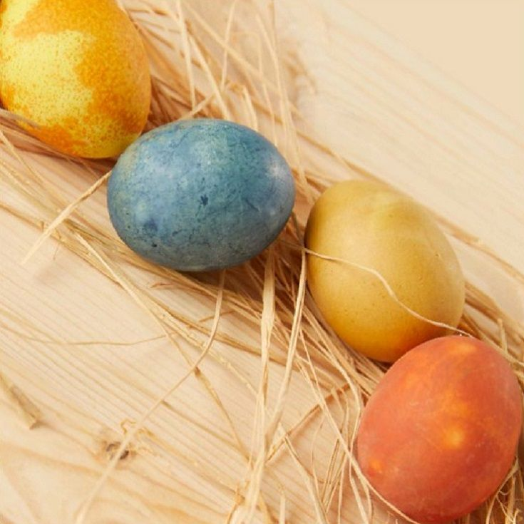 DIY Natural Easter Egg Dye