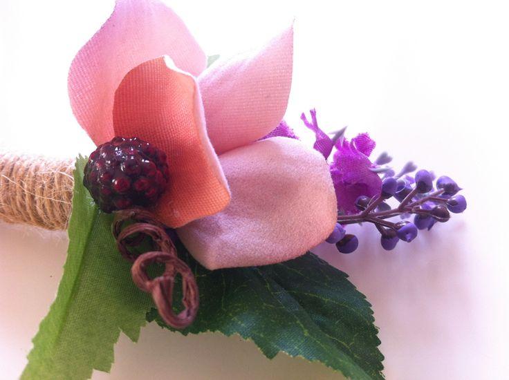 Blackberry Dream - Boho Chic Wedding - Groom Accessories - Groom Flowers - FB: folkflor.it