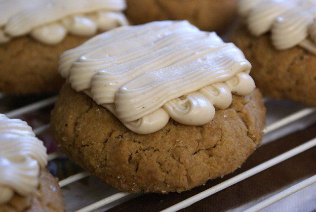 Puffy Peanut Butter Cookie | Cinnamon and Tulle