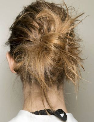 Hairstyle Trends: Fall/Winter 2013-2014 Braids, Waves and Ponytails - Jump start your new season makeover with a cool new hairstyle! Find out which are the hottest hair trends for the fall/winter 2013-2014 season.