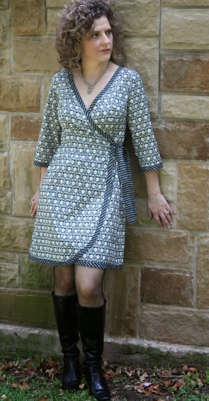 Sew Serendipity: Fall 2013 Collection: Meet Ramona!  I like the shorter length with the 3/4 length sleeves in the b/w prints!  I would wear a tank top with this dress.