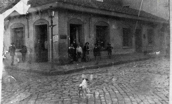 Calle Valdivia con Condell