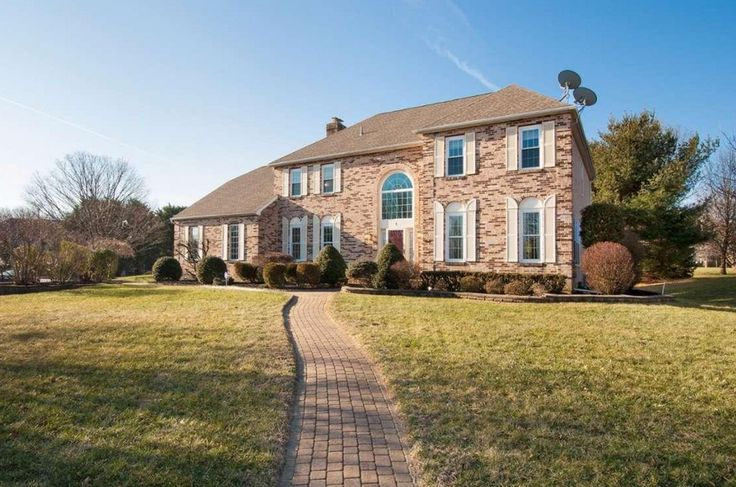 1 Cedar Crest Cir Broomall, PA 19008 home for sale Delaware County, more info here: http://www.anthonydidonato.net/wordpress/2017/02/10/1-cedar-crest-cir-broomall-pa-19008-home-sale-delaware-county/