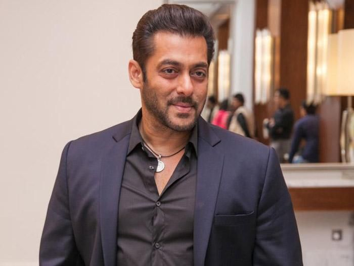 Salman Khan's biggest blockbuster, Bajrangi Bhaijaan, was written by renowned Telugu screenwriter, K Vijayendra Prasad. And now, the actor is availing the services of another popular Telugu screenwriter, Kona Venkat, for one of his upcoming projects. While promoting his forthcoming biggie...