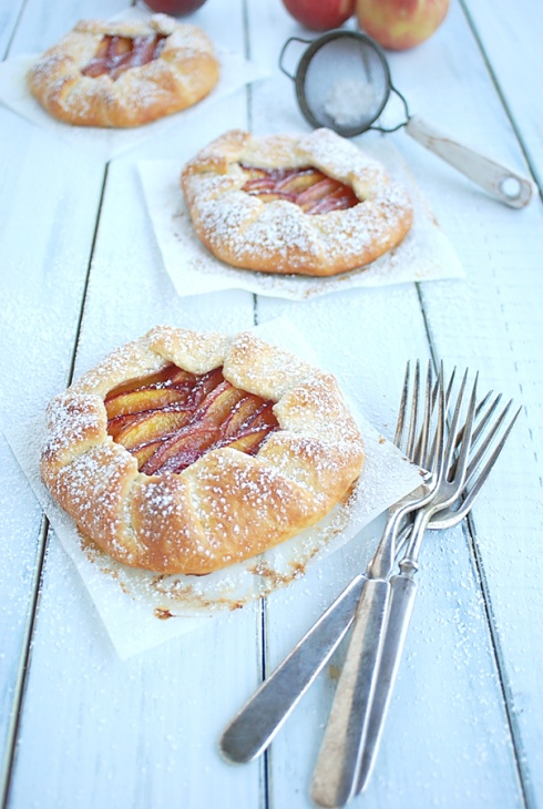 Galette - Torta rústica de pêssego com gengibre.