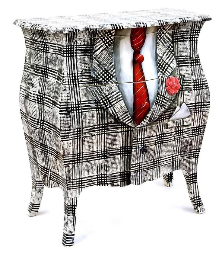 Giacomo Aprano Furniture  Da Ferré alla Westwood, in autunno torna alla ribalta il principe di Galles