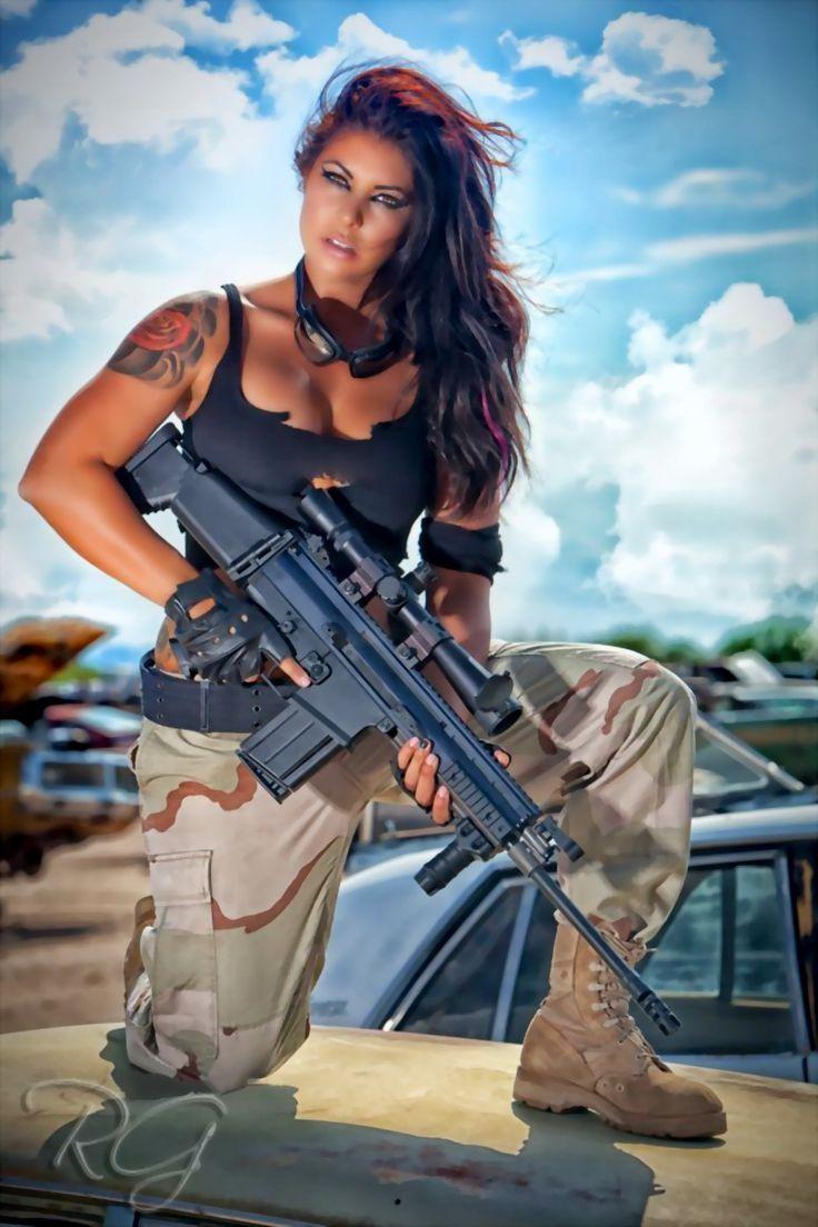 фото девушек брюнеток с оружием в военной форме считаю, что