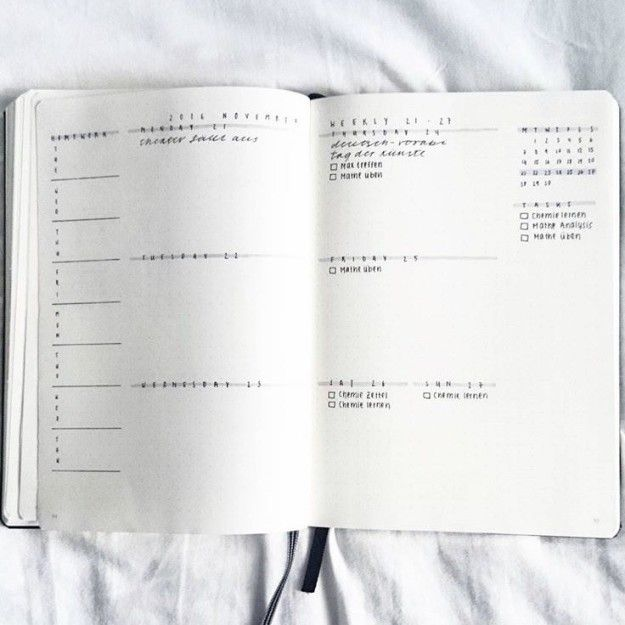 This monochromatic wonder: | 24 Minimalist Bullet Journal Layouts To Soothe Your Weary Soul