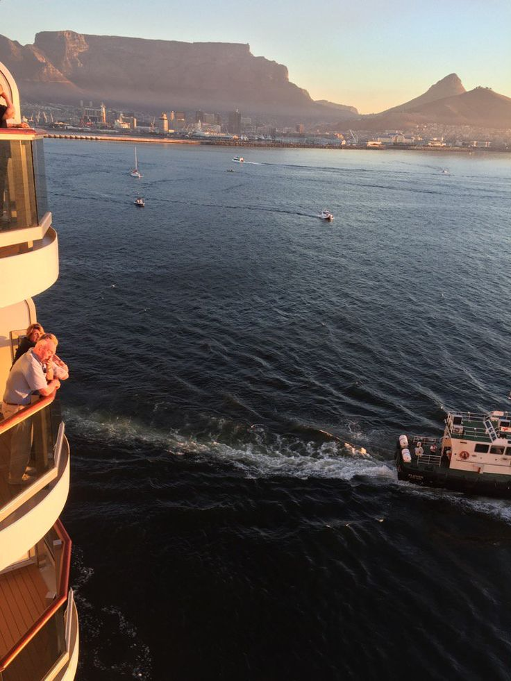 "Paul Gilluley on Twitter: ""Sailing out of Cape Town into sunset #QE @cunardline . Sad to leave but I am sure we will be back soon. ❤️❤️❤️ https://t.co/sEU3fR0auY"""