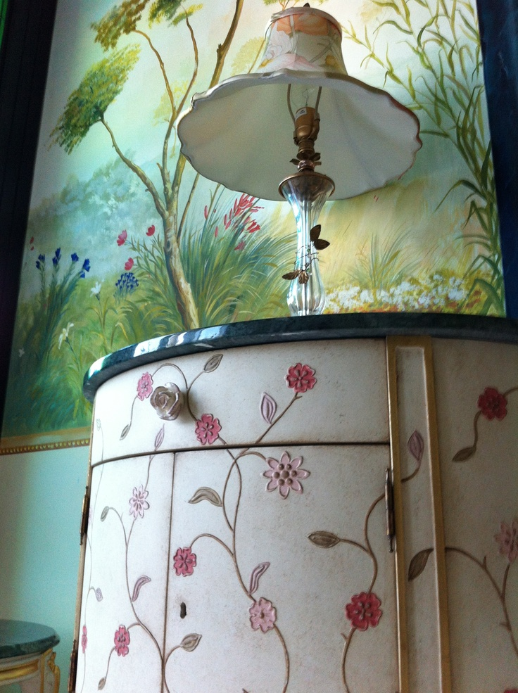 Our unique ceiling decoration matches with the beauty of our hand painted furniture