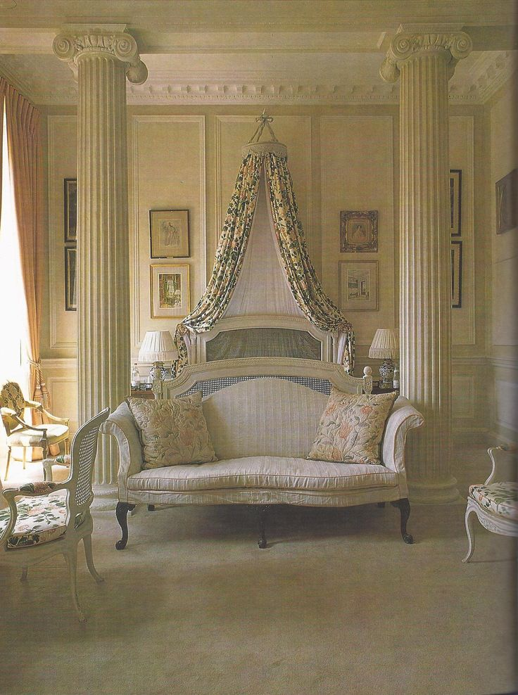 The Bedroom At Badminton Palladian Glamour