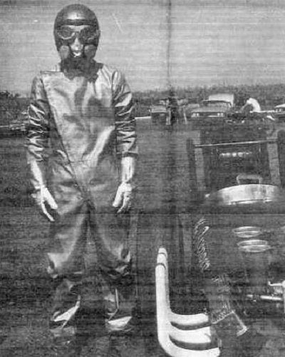Vintage Dragster Pilot ready to go