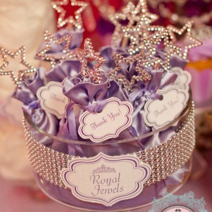 Royal Party Favors