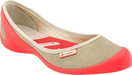 Love wearing these flats to and from yoga.