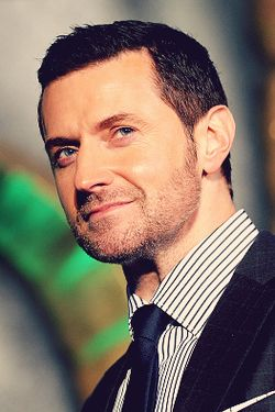 #RichardArmitage on the green carpet at the world premiere of The Hobbit: The Battle of the Five Armies at London's Leicester Square, Dec. 1 2014.