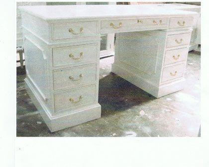 Edward Pedestal Desk | Country Interiors - White