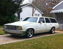1981 Chevrolet Malibu Wagon by TTLSX418 http://www.chevybuilds.net/1981-chevrolet-malibu-wagon-build-by-ttlsx418