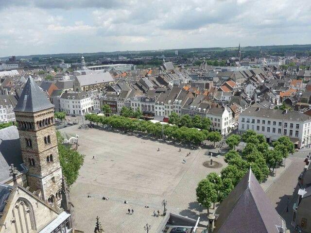 Maastricht vrijthof.