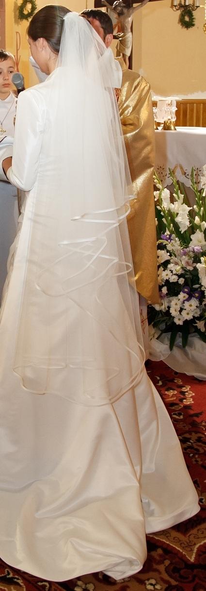 Voile de mariée ivoire 2x3metres Modèle Graciela de la boutique Hervé Mariage. Collection 2011-2012