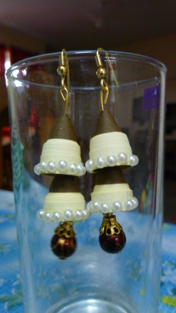 """Double decker"" Quilled Jhumka Earrings"