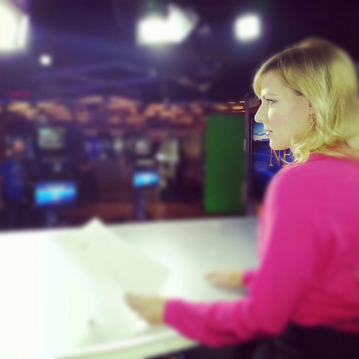 Keri Adams first news break of the day. The latest aftermath from superstorm Sandy on CTV News at Noon.