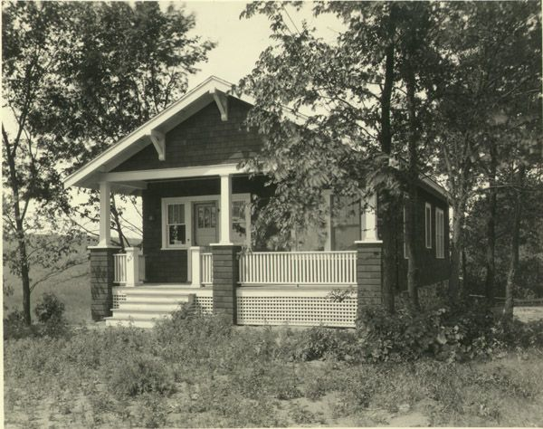 1920s houses example of small house built in the 1920 s for Who invented houses